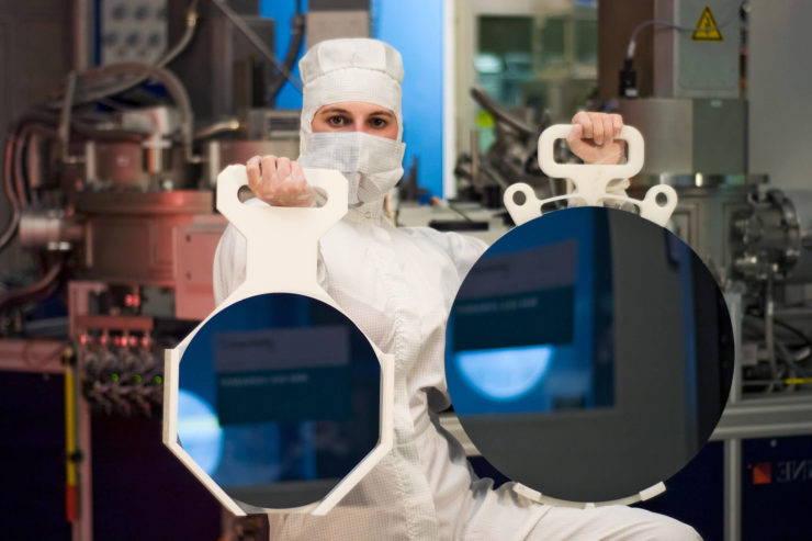 intel-has-tapped-samsung-foundries-to-manufacture-cpus-[debunked]