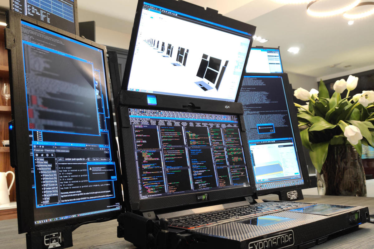 this-bonkers-7-screen-laptop-deserves-to-be-at-ces