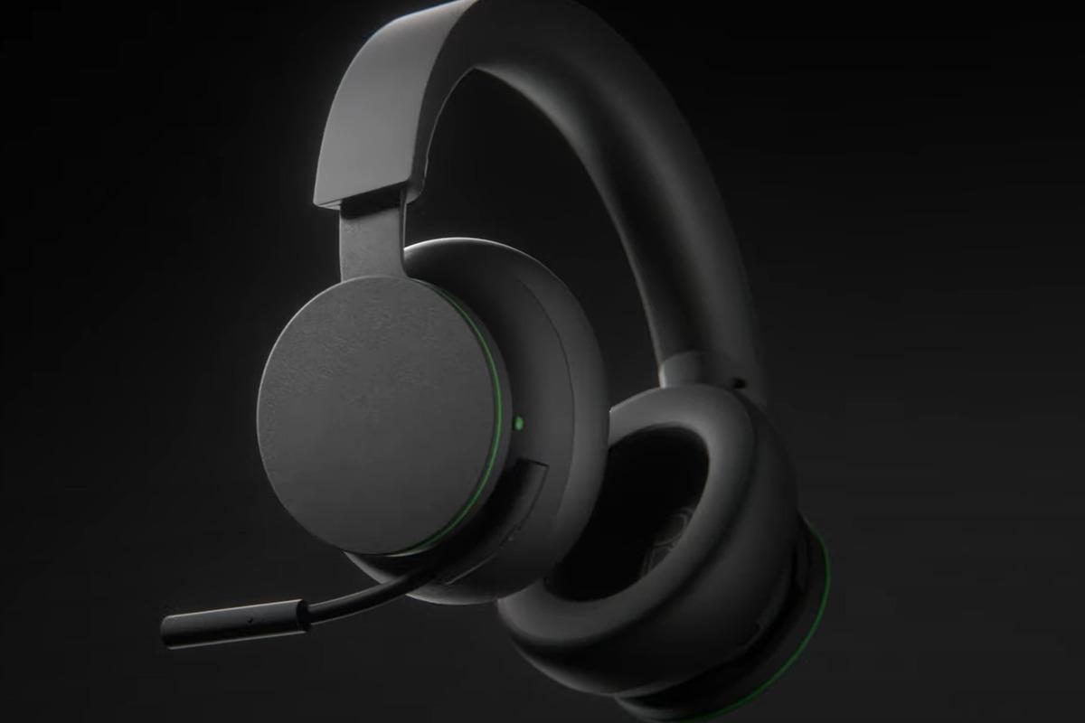 microsoft's-xbox-wireless-headset-feels-like-affordable-surface-headphones