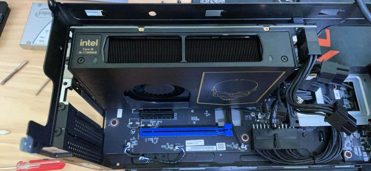 intel-nuc-11-extreme-'beast-canyon'-with-core-i9-11900kb-cpu-tested,-just-as-fast-as-any-desktop-gaming-pc
