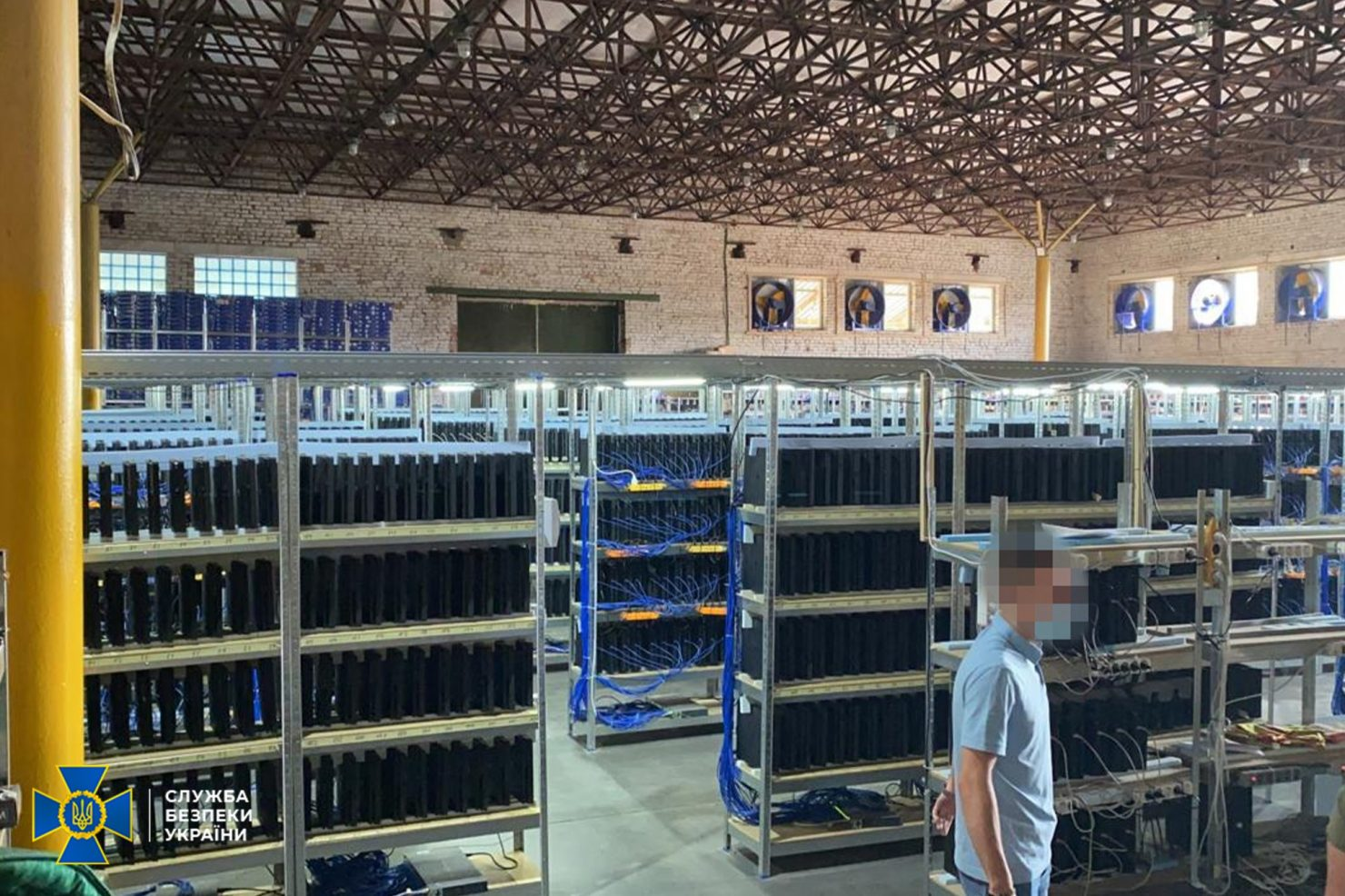 the-3,800-playstation-4-consoles-were-actually-used-as-fifa-bots,-not-as-cryptocurrency-mining-systems