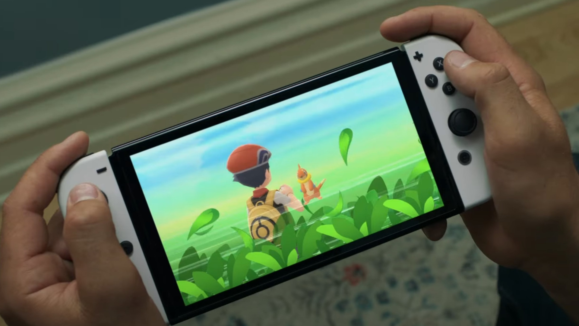 nintendo-switch-oled-spotted-in-the-wild-just-weeks-before-launch